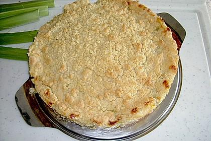 Rhabarberkuchen mit Vanillecreme und Streusel 137