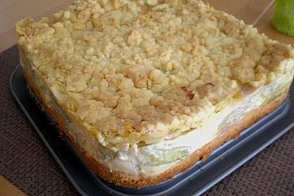Rhabarberkuchen mit Vanillecreme und Streusel 205