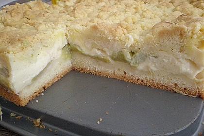 Rhabarberkuchen mit Vanillecreme und Streusel 166