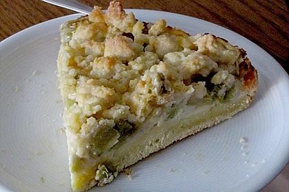 Rhabarberkuchen mit Vanillecreme und Streusel 181