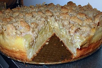 Rhabarberkuchen mit Vanillecreme und Streusel 211