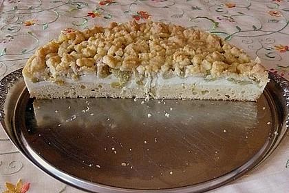 Rhabarberkuchen mit Vanillecreme und Streusel 130