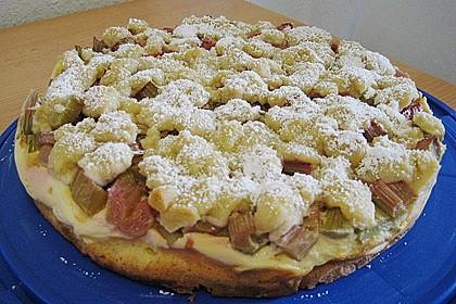 Rhabarberkuchen mit Vanillecreme und Streusel 157