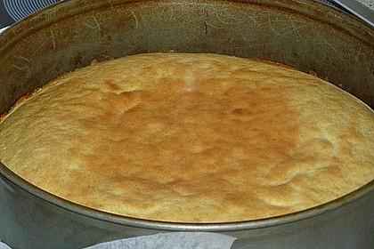 Rhabarberkuchen mit Vanillecreme und Streusel 227