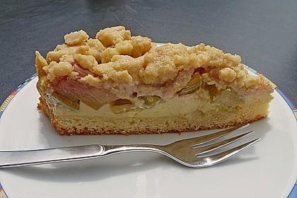 Rhabarberkuchen mit Vanillecreme und Streusel 5