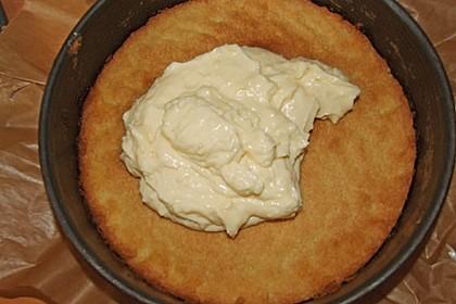 Rhabarberkuchen mit Vanillecreme und Streusel 226