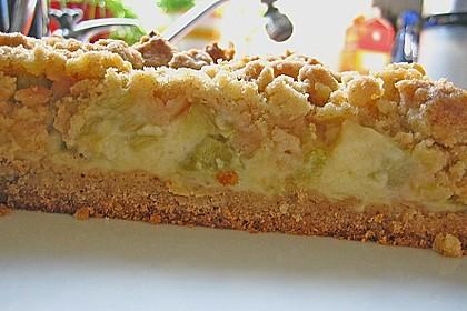 Rhabarberkuchen mit Vanillecreme und Streusel 72