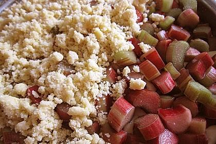 Rhabarberkuchen mit Vanillecreme und Streusel 94