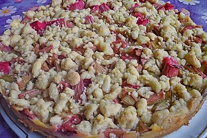 Rhabarberkuchen mit Vanillecreme und Streusel 54