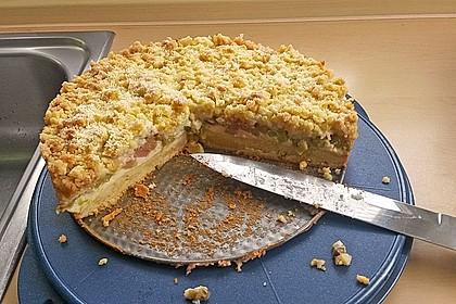 Rhabarberkuchen mit Vanillecreme und Streusel 229