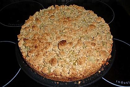 Rhabarberkuchen mit Vanillecreme und Streusel (Bild)