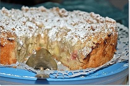 Rhabarberkuchen mit Vanillecreme und Streusel 68