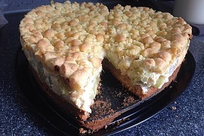 Rhabarberkuchen mit Vanillecreme und Streusel 155