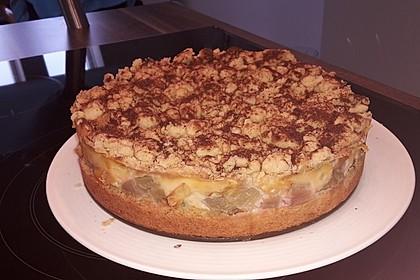 Rhabarberkuchen mit Vanillecreme und Streusel 104