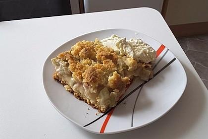 Rhabarberkuchen mit Vanillecreme und Streusel 46