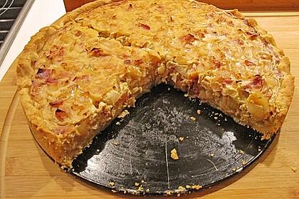 Schwäbischer Zwiebelkuchen mit Speck 5