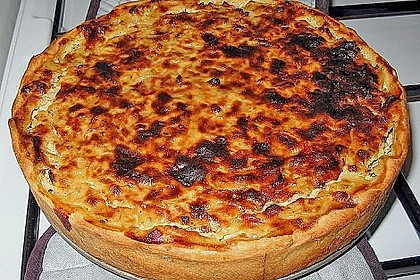 Schwäbischer Zwiebelkuchen mit Speck 16