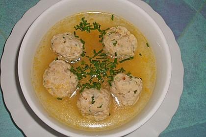 Consommé mit Fischklößchen 1