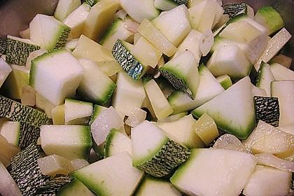 Leichte Zucchinisuppe 27