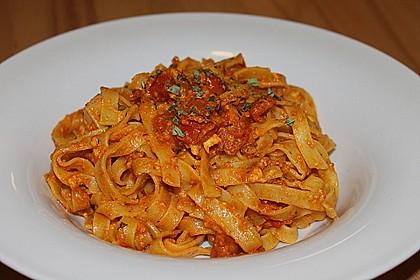 Pasta mit Pesto Rosso und Schafskäse 2