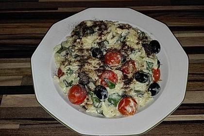 Kritharaki Nudeln mit geschmolzenen Kirschtomaten und Oliven 2