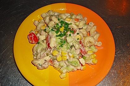 Bunter Nudelsalat mit Thunfisch