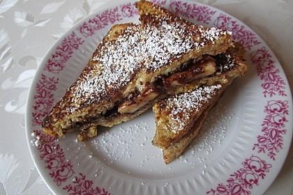 Stuffed Chocolate French Toast (Bild)
