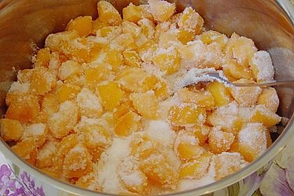 Aprikosenmarmelade mit Mandeln 2