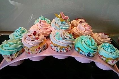 Strawberry Frosting für Cupcakes (Bild)