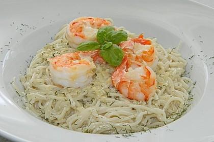 Spaghetti in Zucchini-Shrimps Sahnesauce 3