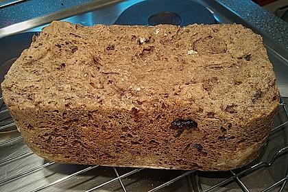 Pflaumen-Walnuss-Brot 5