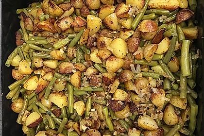 Würzige Kartoffel-grüne Bohnen Pfanne (Bild)