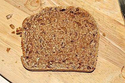 Weizenvollkorn-Toastbrot 12