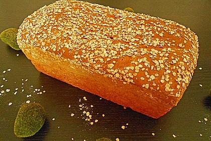 Weizenvollkorn-Toastbrot 16
