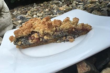 Zwetschgenkuchen mit Mohnquark + Butterstreuseln 8