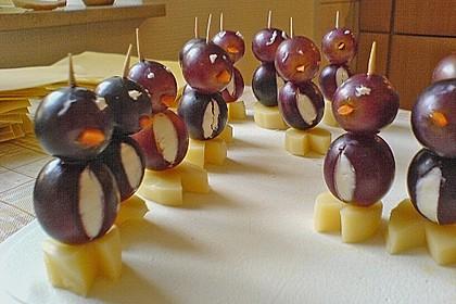 Kleine Pinguine mit Traubenfrack und Karottenfüßchen 54