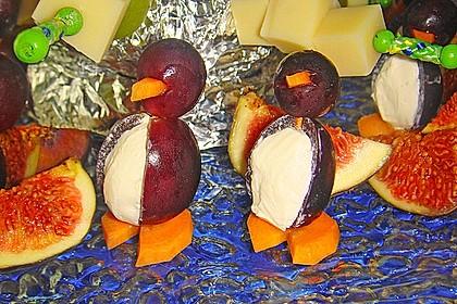 Kleine Pinguine mit Traubenfrack und Karottenfüßchen 32