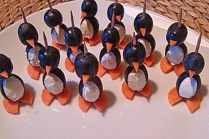 Kleine Pinguine mit Traubenfrack und Karottenfüßchen 13
