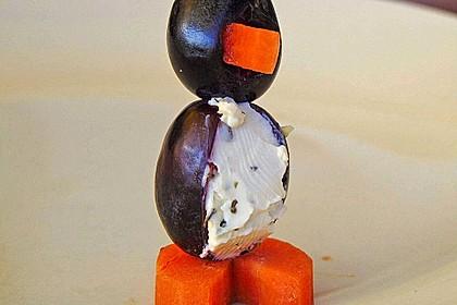 Kleine Pinguine mit Traubenfrack und Karottenfüßchen 55