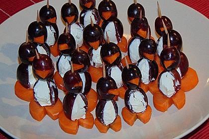 Kleine Pinguine mit Traubenfrack und Karottenfüßchen 31