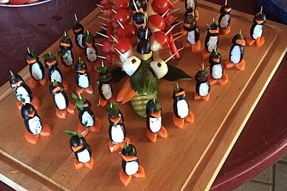 Kleine Pinguine mit Traubenfrack und Karottenfüßchen 27