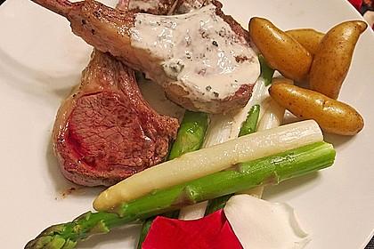 Spargel mit Lammkoteletts und Gorgonzola-Sauce 1