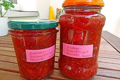 Erdbeer-Rhabarber-Holunderblüten Marmelade
