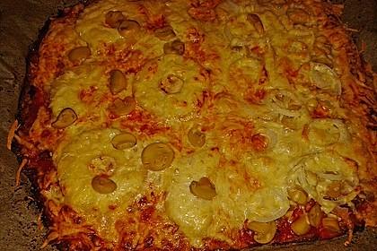 Low Carb Pizzaboden aus Blumenkohl 111