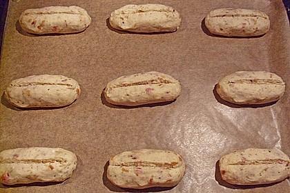 Pizzabrötchen mit Feta-Frischkäse Dip 28