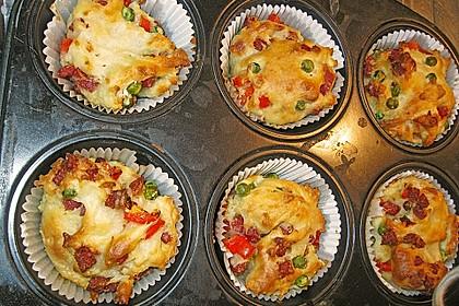 Herzhafte Salami-Gemüse-Muffins