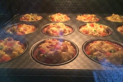 Herzhafte Salami-Gemüse-Muffins 1