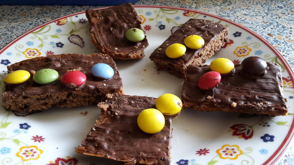 Schokoladenkuchen Mit Smarties Von Hanna Lou Chefkoch De