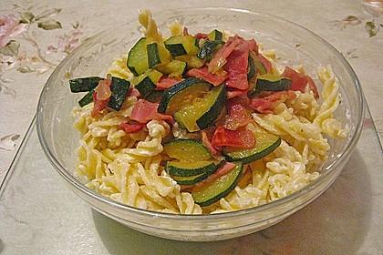 Die berühmten Zucchini-Frischkäse-Nudeln 21