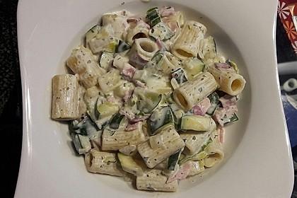 Die berühmten Zucchini-Frischkäse-Nudeln 13